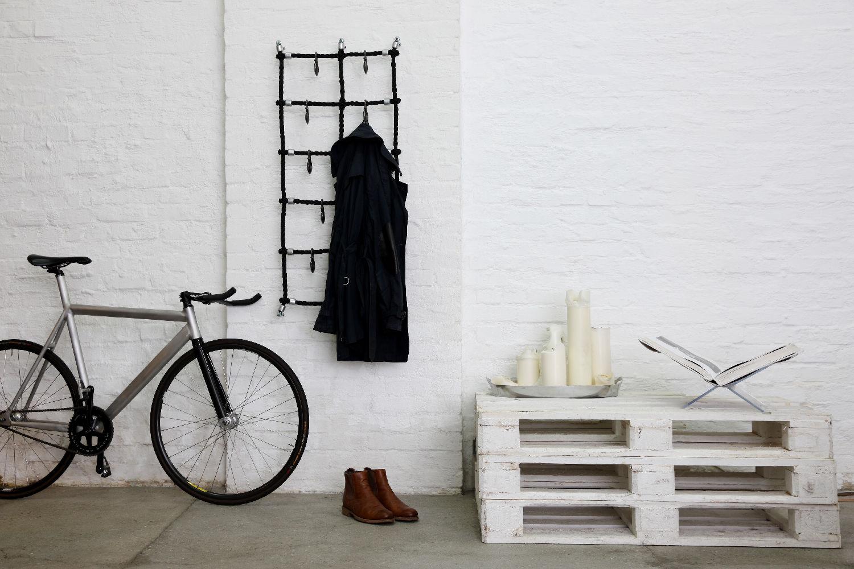inspiration f r deine garderobe privat oder im. Black Bedroom Furniture Sets. Home Design Ideas